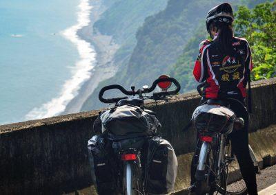 Na kole okolo Taiwanu s výhledy na Tichý oceán