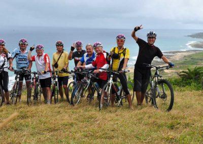 Skupina cyklistů na zájezdu na kolech na Tchaj-wan