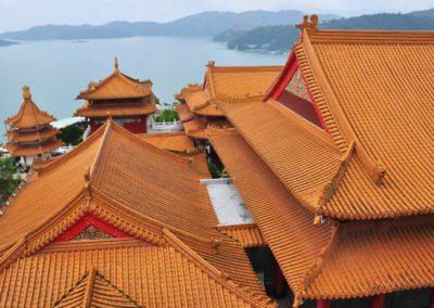 Chrám nad jezerem Slunce a Měsíce v centrálním Taiwanu