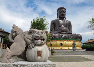 Největší socha Buddhy na Taiwanu ve městě Changhua