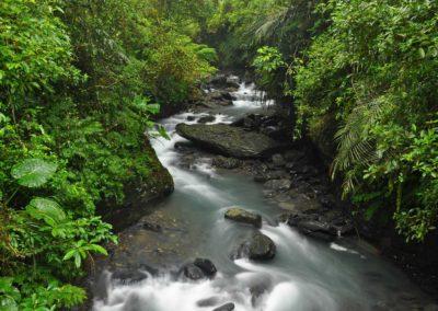 Horská řeka vhodná pro canyoning na východě Taiwanu