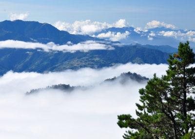 Moře mraků a vysoké hory na ostrově Tchaj-wan
