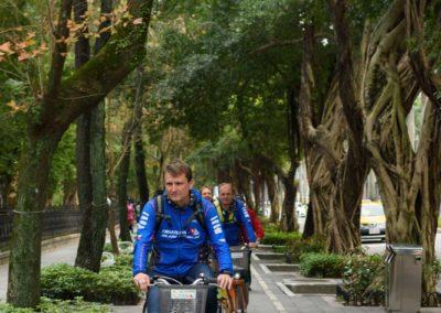 Jízda na sdílených kolech YouBike v Tchaj-pej