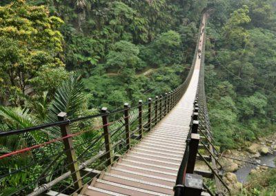 Visutý most nad řekou Tianqi na Taiwanu