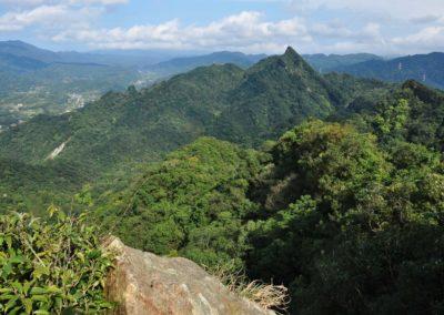 Výhledy na údolí Pingxi z vrcholu Bamboo Shoot