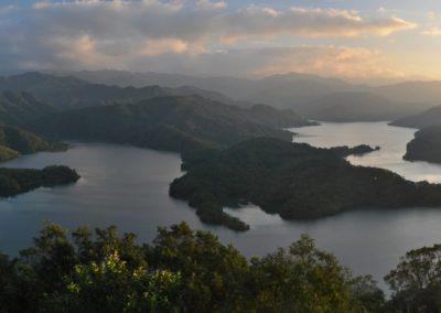 Horské panorama u města Pinglin na Taiwanu