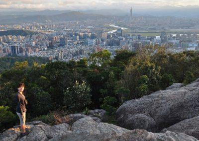 Pěší turistika s výhledem na Taipei 101