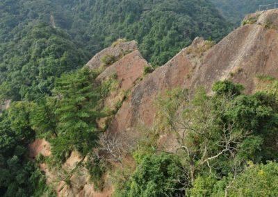 Horská turistika na vrchol Wuliaojian u města Sanxia