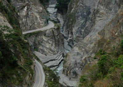 Nádherná horská silnice v pohoří Yushan