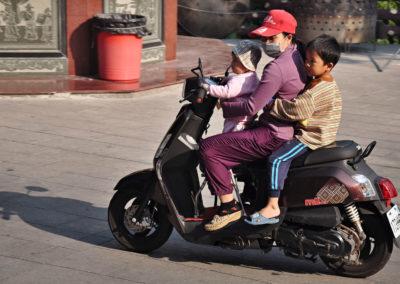 Skútr je nejčastější dopravní prostředek na Taiwanu