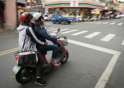 Skútr je nejčastější dopravní prostředek na ostrově Tchaj-wan