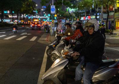 Skútry v ulicích Taipei