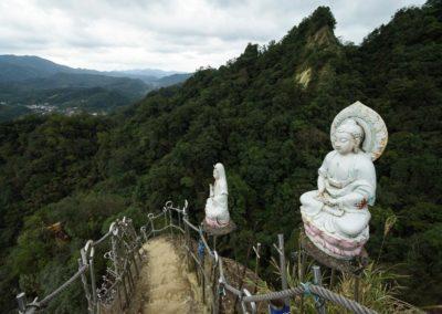 Výstup na skalní útesy Pingxi Crags na severu Taiwanu