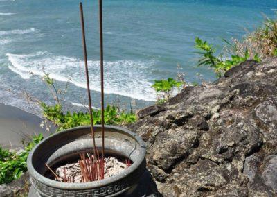 Výhled na východní pobřeží Taiwanu od pláže Jiqi