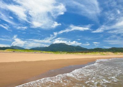 Nádherná písečná pláž na okraji Taipei