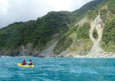 Výlet na seakayaku podél útesů Qingshui