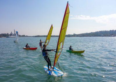 Windsurfing ve městě Tainan na jihu Taiwanu