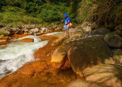 River tracing v národním parku Yangmingshan poblíž Taipei